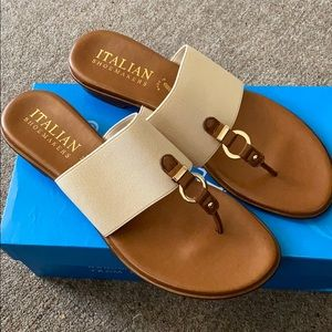 NWT Italian ShoeMakers Sonnie Sandal size 10